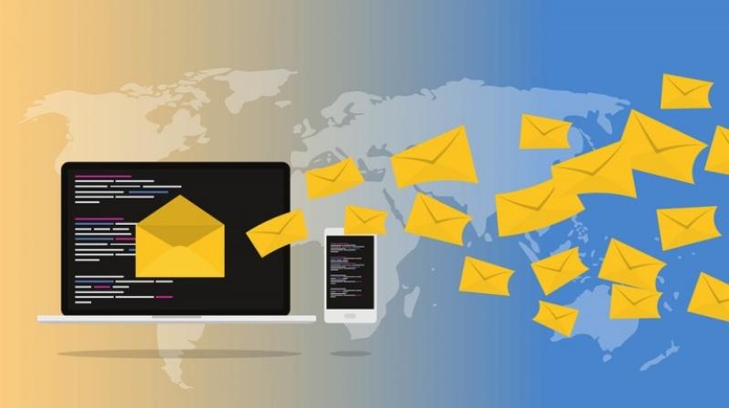 Gửi quá nhiều email cùng lúc có thể gây tăng traffic website dồn dập