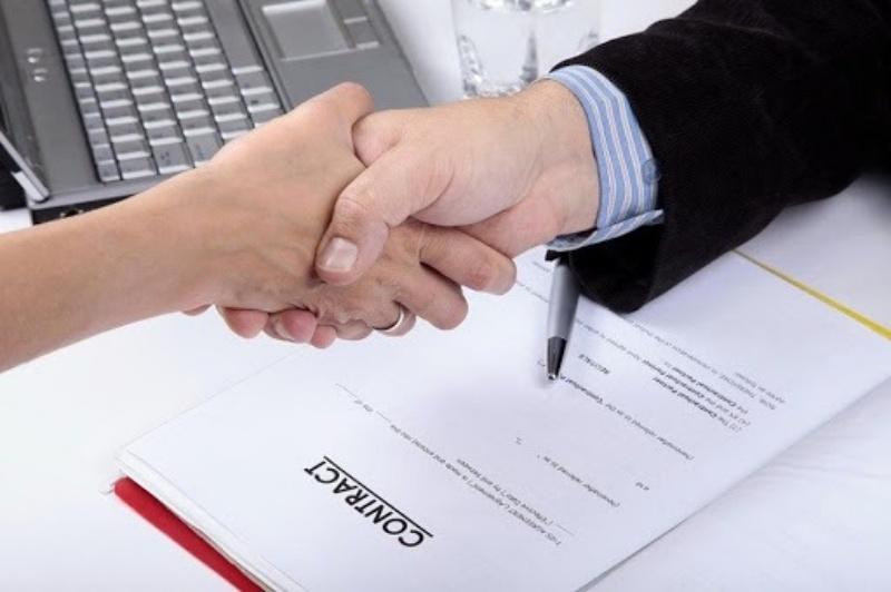 Báo giá và ký kết hợp đồng